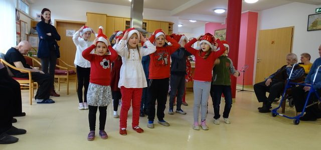 Božično vzdušje v BE Lukavci